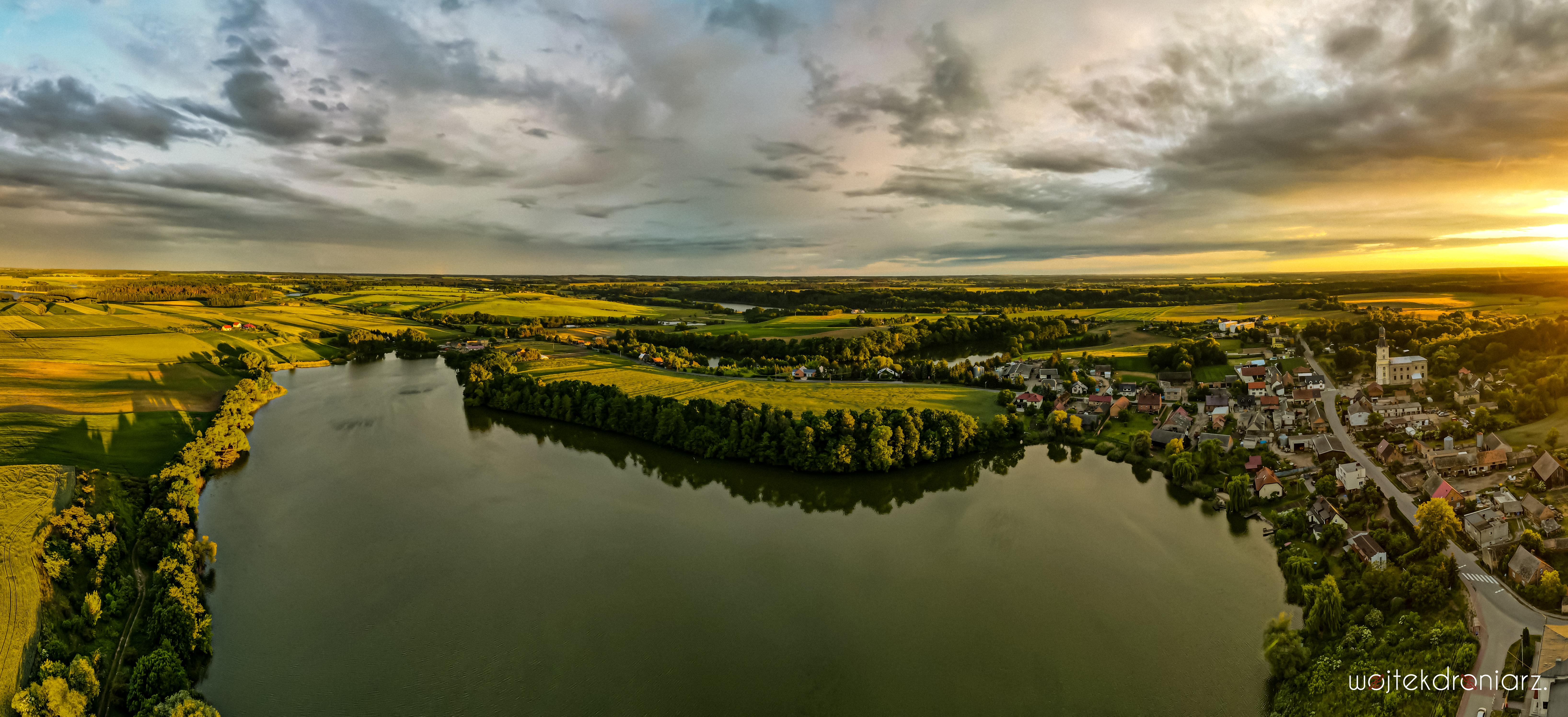 Jezioro Barding w Lutomiu